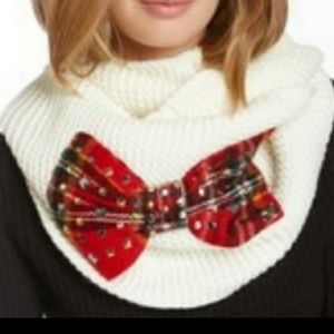 Betsey Johnson   Knit Infinity Scarf - Plaid Bow